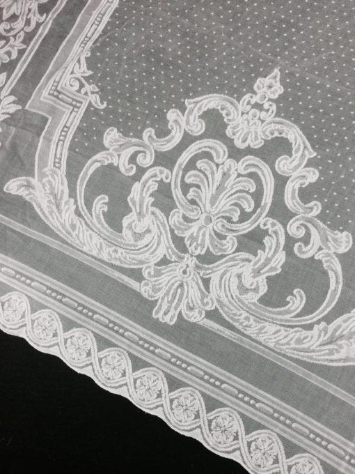 Astor curtain corner